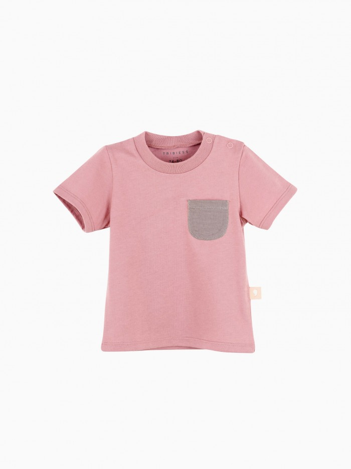 short sleeved t-shirt with pocket · cherry