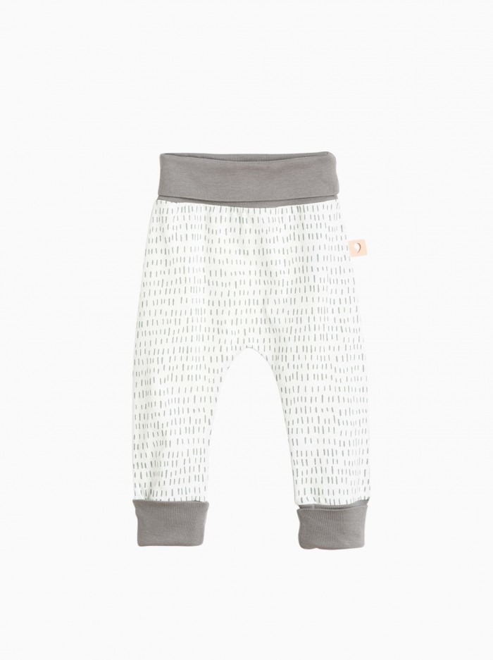 baggy pants · grey strokes
